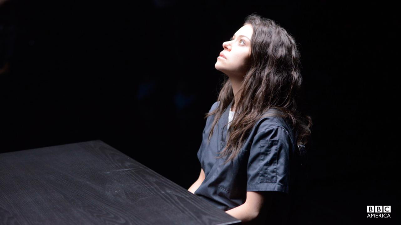 A broken Sarah Manning surrenders herself.