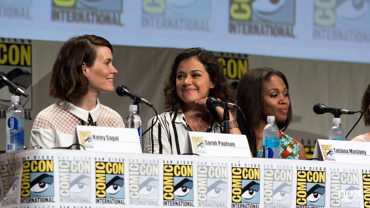 Tatiana and Sarah Paulson fangirled over eachother at Entertainment Weekly's Women Who Kick Ass panel.