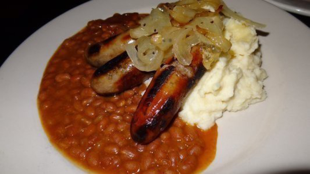 Bangers and Mash at The Canyon's Crown (Yelp).