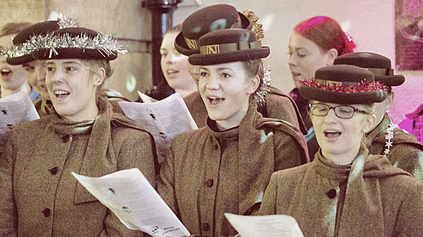 Carol singers at Bath Christmas Market (Pic: Matt Cardy/Getty Images)