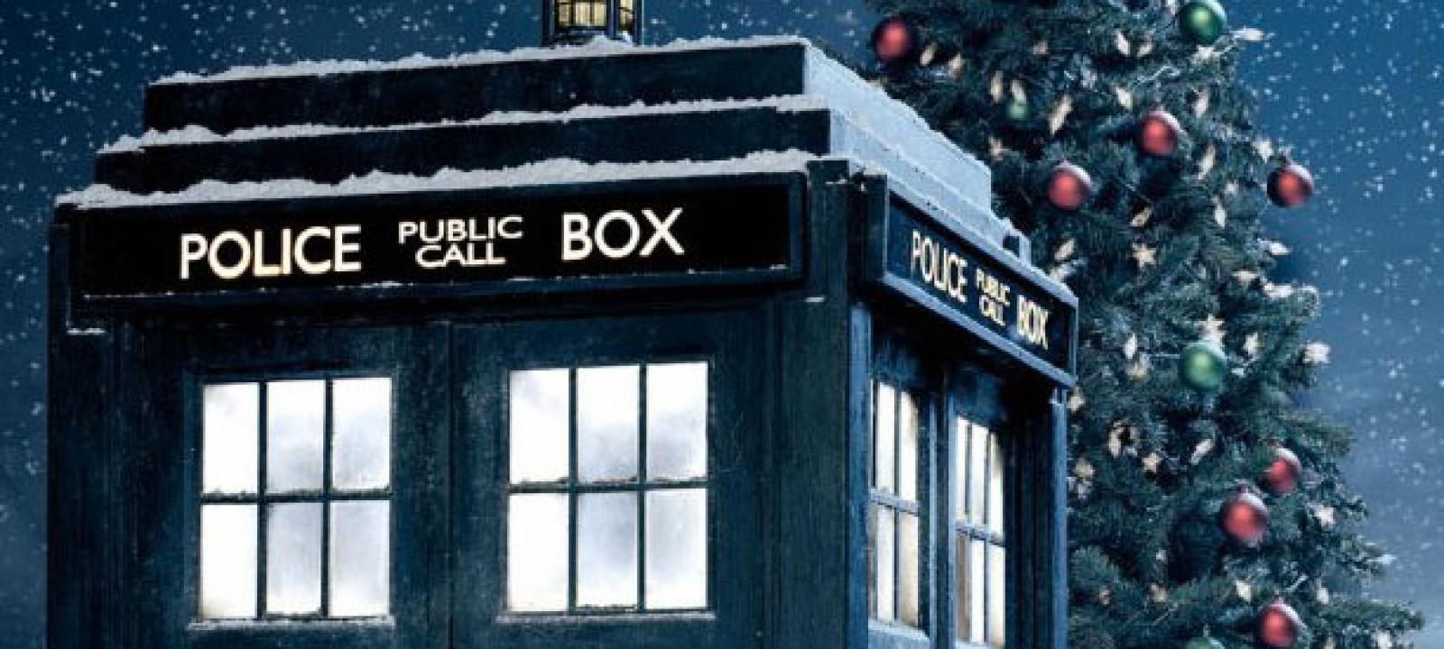 Festive TARDIS