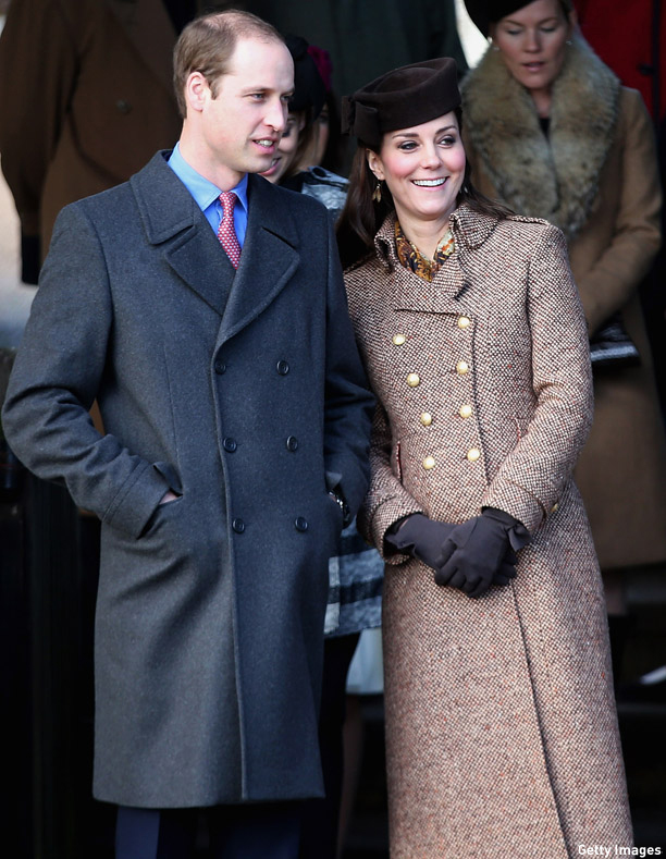 KING'S LYNN, ENGLAND - DECEMBER 25:  Prince William, Duke of Cambridge and Catherine, Duchess of Cambridge leave the Christmas Day Service at Sandringham Church on December 25, 2014 in King's Lynn, England.  (Photo by Chris Jackson/Getty Images)