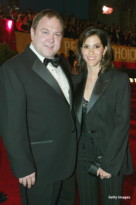 2004: Mark Addy and Jami Gertz walk the red carpet at the People's Choice Awards in Pasadena, California.