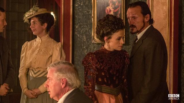 Rose Erskine (Charlene McKenna) and Detective Bennet Drake (Jerome Flynn).