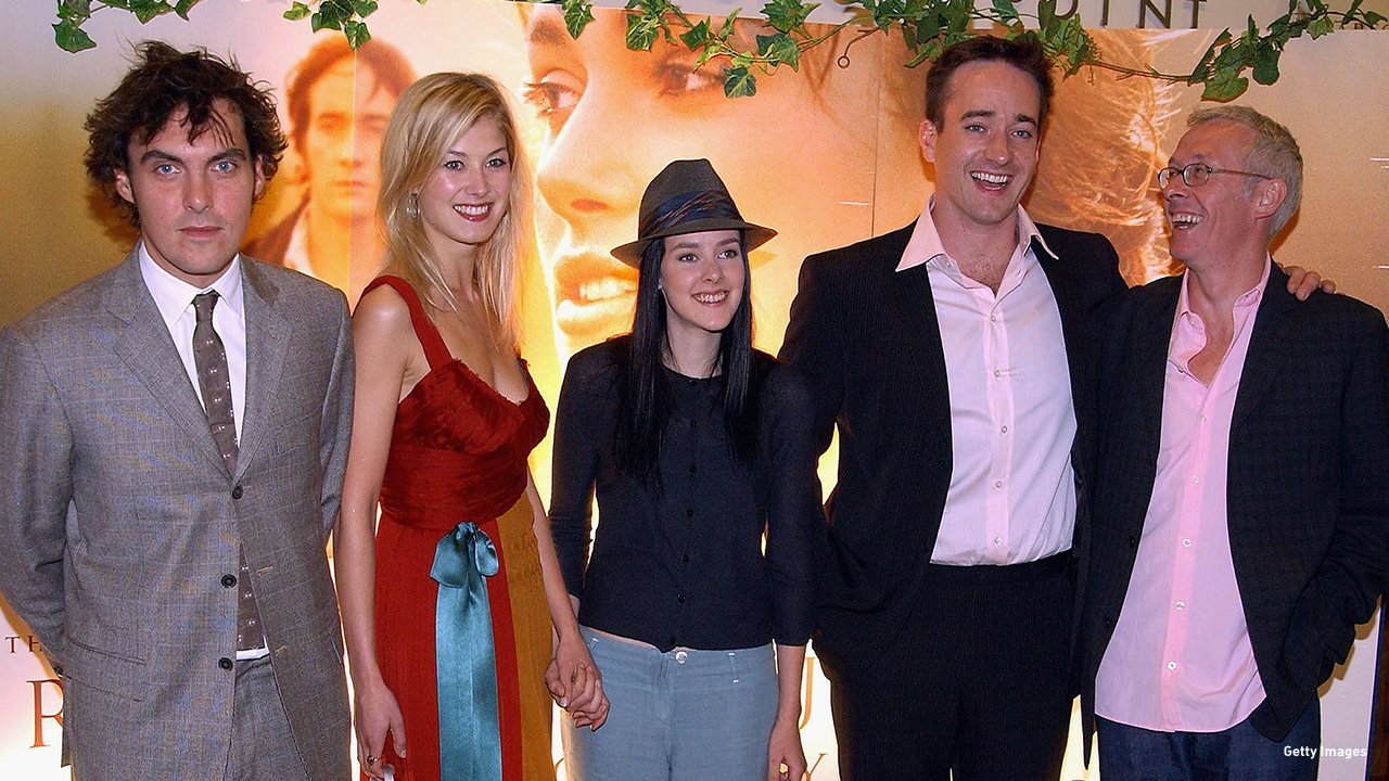 2005: Joe Wright, Rosamund Pike, Jena Malone, Matthew MacFadyen, Paul Webster get chummy at the Irish 'Pride & Prejudice' premiere.