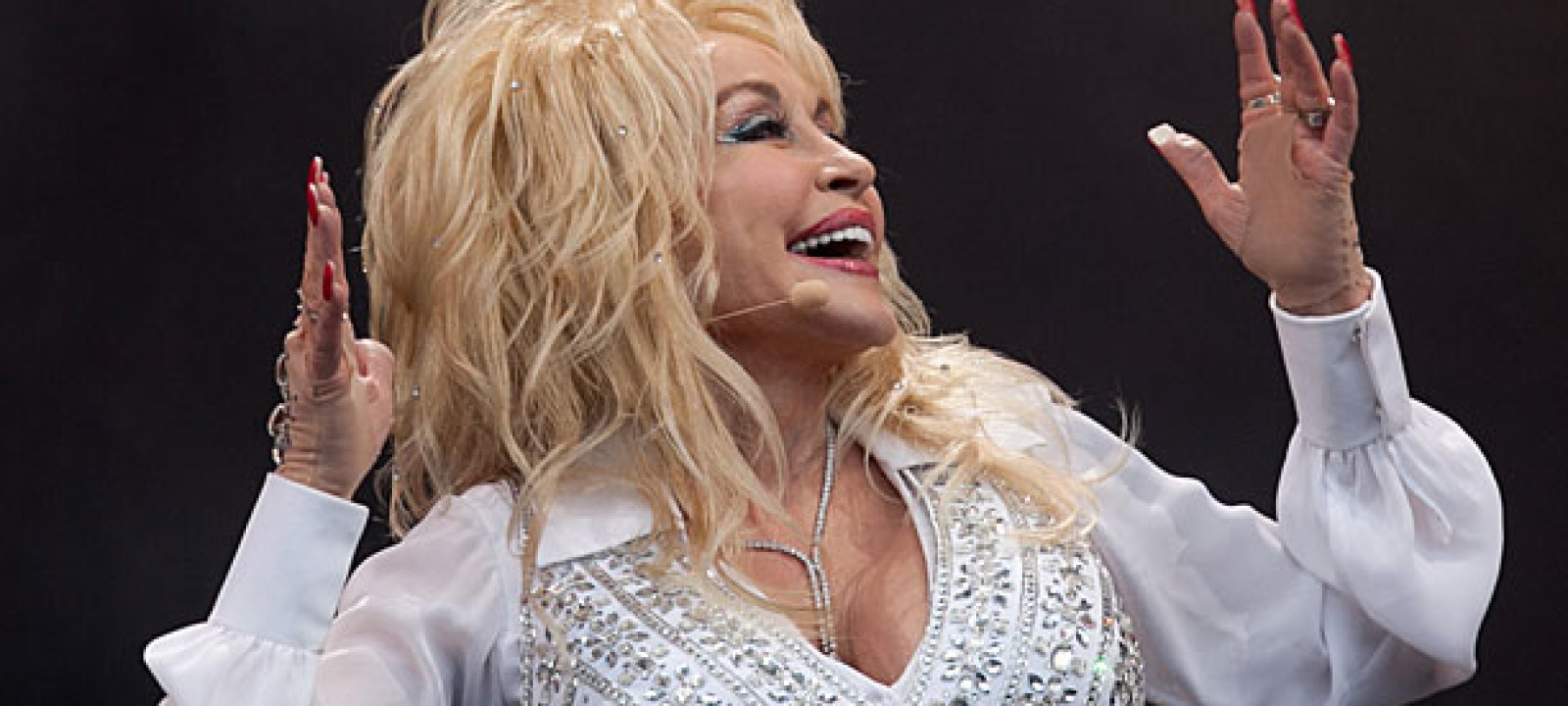 Dolly Parton at Glastobury 2014 (Pic: Matt Cardy/Getty Images)
