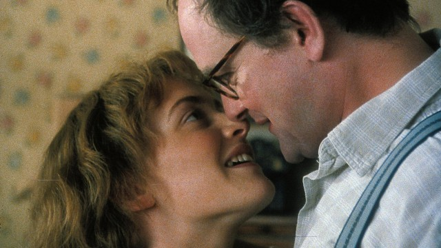 Winslet coupled up with Hugh Bonneville in 2001's 'Iris'. (BBC)