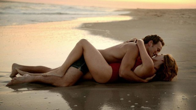 Patrick Wilson got cozy on the beach with Winslet in the 2006 film 'Little Children.' (New Line Cinema)