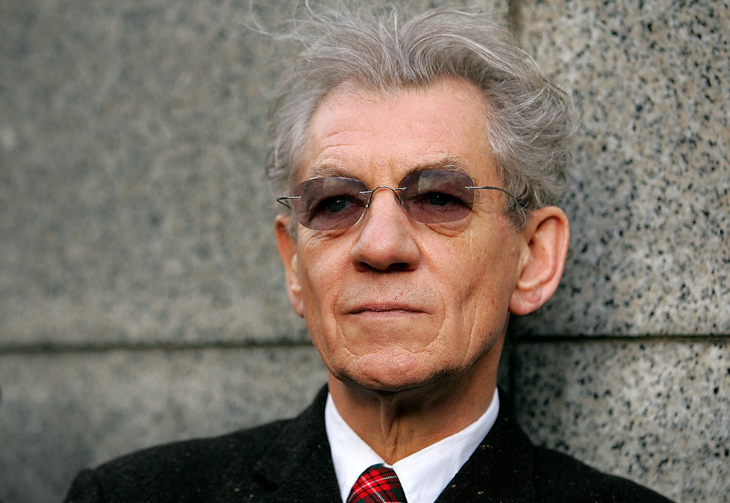 McKellen looked dapper at the unveiling of a heritage plaque for the Rose Theatre in London in 2006. (JOHN D MCHUGH/AFP/Getty Images)