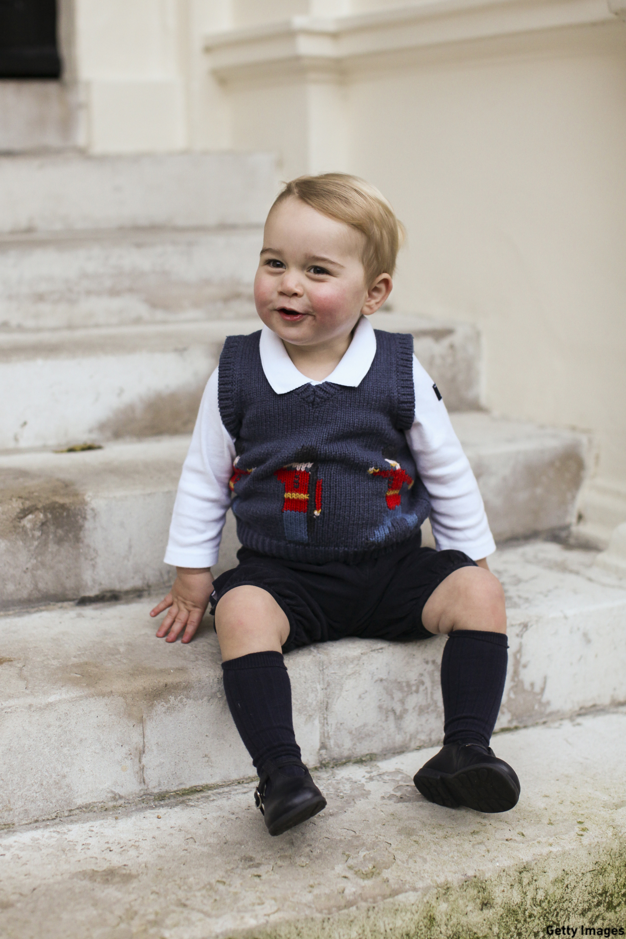 The young prince posed for his Chistmas photo with true grace in December 2014. (The Duke and Duchess of Cambridge/PA Wire via Getty Images)