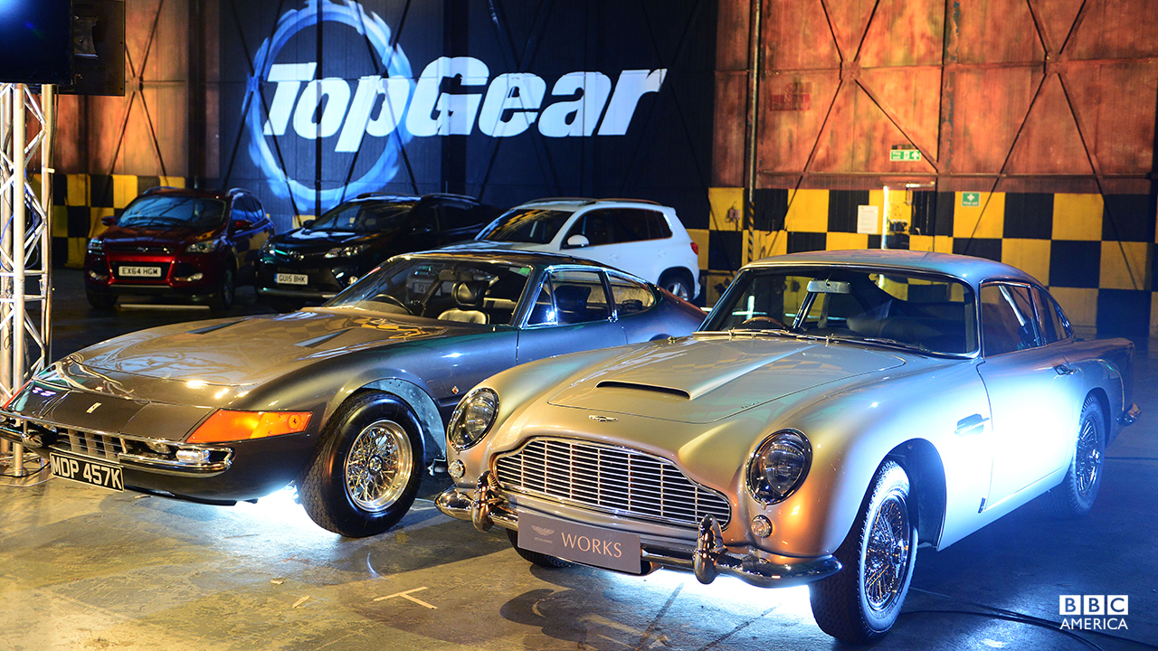 Ferrari Daytona and Aston Martin DB5 in the Top Gear studio.
