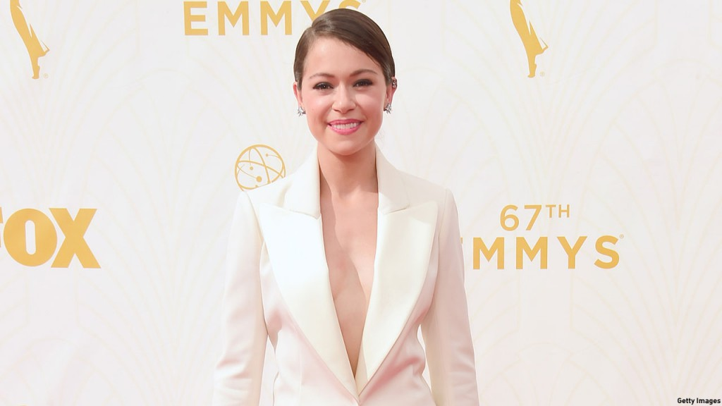 Tatiana Maslany walks the red carpet at the 2015 Primetime Emmy Awards. (Photo: Frazer Harrison/Getty Images)