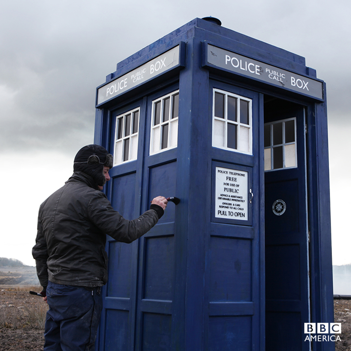 "The TARDIS gets a quick paint job on the battlefield during filming for ""The Magician's Apprentice."""