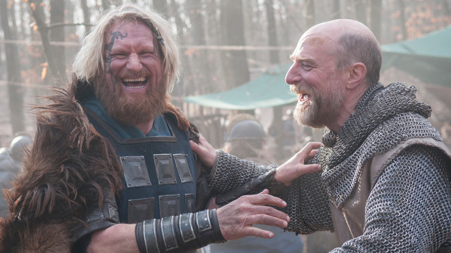 Rune Temte (Ubba) and Simon Kunz (Odda the Elder).