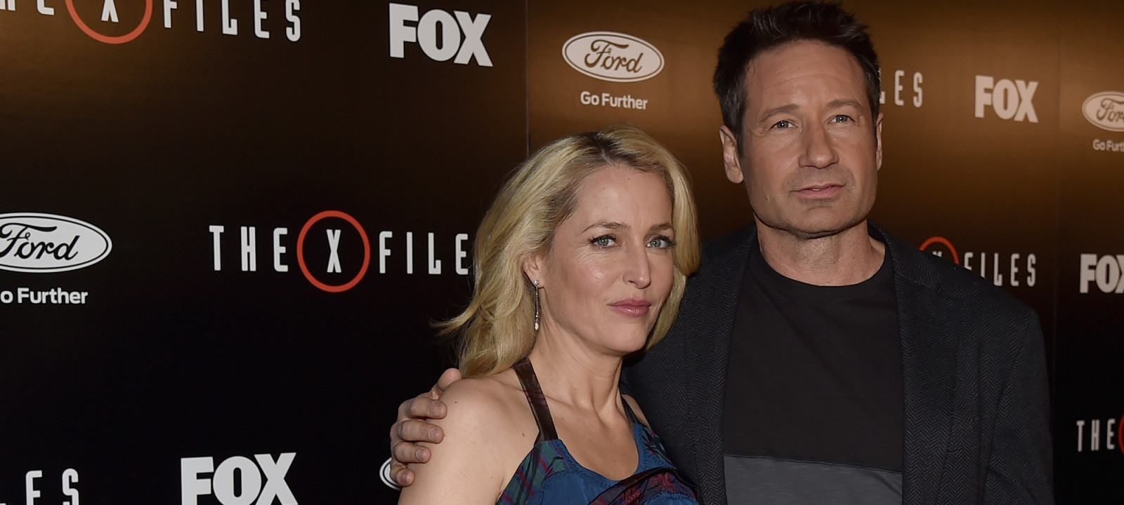 """LOS ANGELES, CA – JANUARY 12:  Actors Gillian Anderson and David Duchovny attend the premiere of Fox's """"The X-Files"""" at California Science Center on January 12, 2016 in Los Angeles, California."""