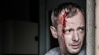 anglo_2000x1125_johnsimm_prey