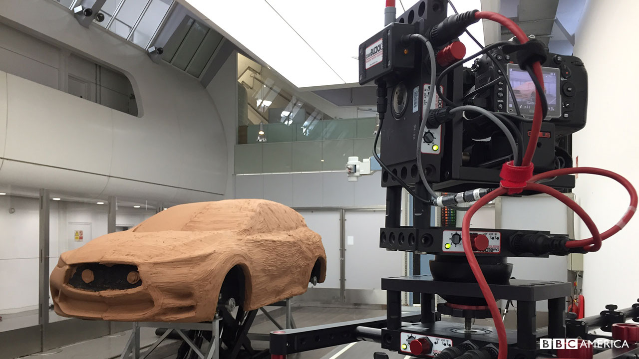 Behind-the-scenes filming of a clay model Infiniti.