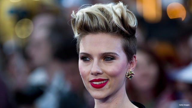 US actress Scarlett Johansson poses on the red carpet for the European premiere of the film 'Avengers: Age of Ultron' in London on April 21, 2015.