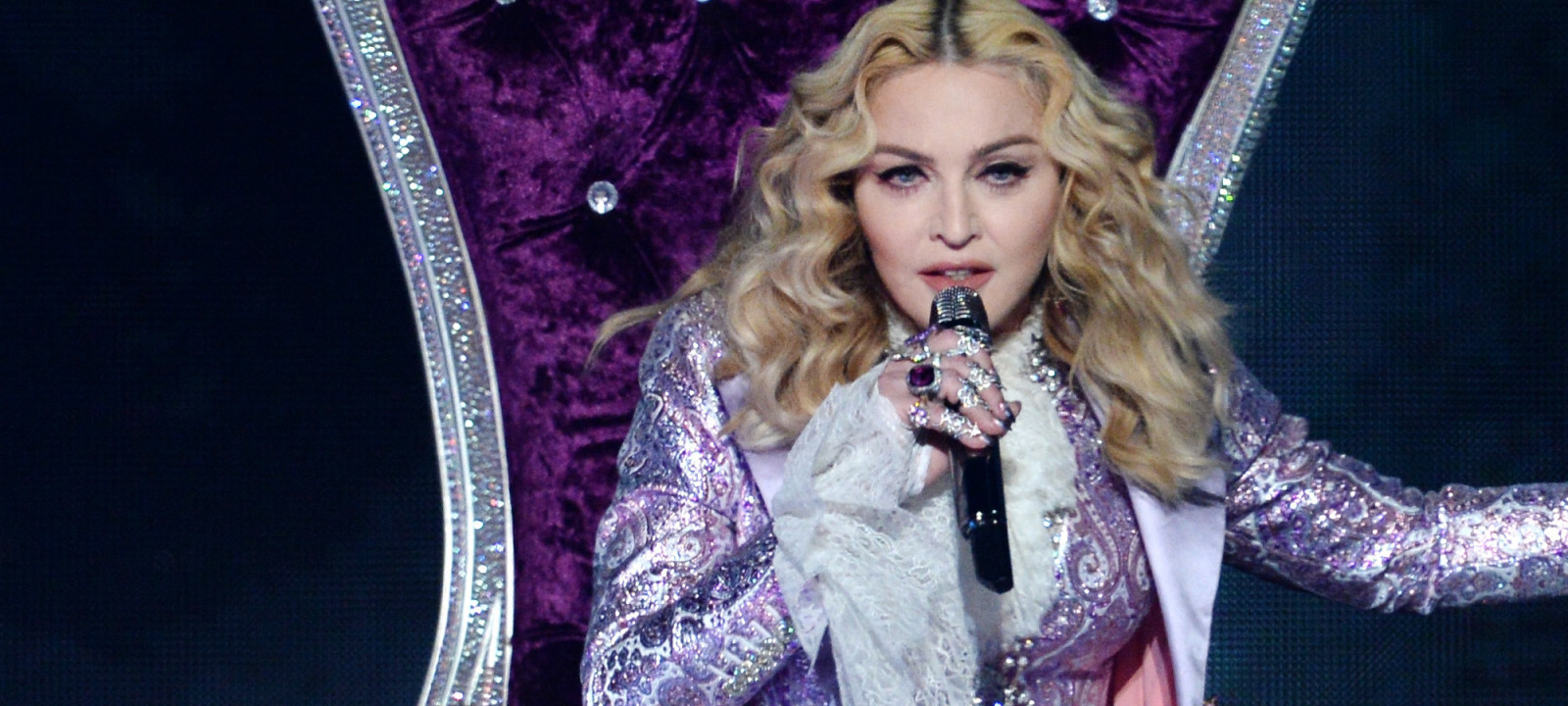 Recording artist Madonna performs a tribute to Prince onstage during the 2016 Billboard Music Awards at T-Mobile Arena on May 22, 2016 in Las Vegas, Nevada.