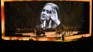 Adele Live 2016 – North American Tour In Phoenix, AZ