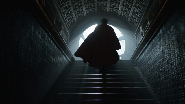 anglo_2000x1125_doctorstrange_trailer3