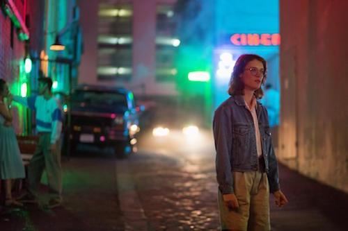 """Mackenzie Davis in """"Nosedive"""". (Image: Netflix)"""