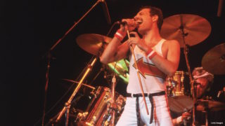 5th June 1982:  Freddie Mercury (1946 – 1991), lead singer of 70s hard rock quartet Queen, in concert in Milton Keynes.