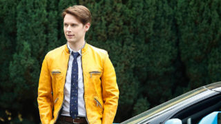 anglo_2000x1025_dirkgently1