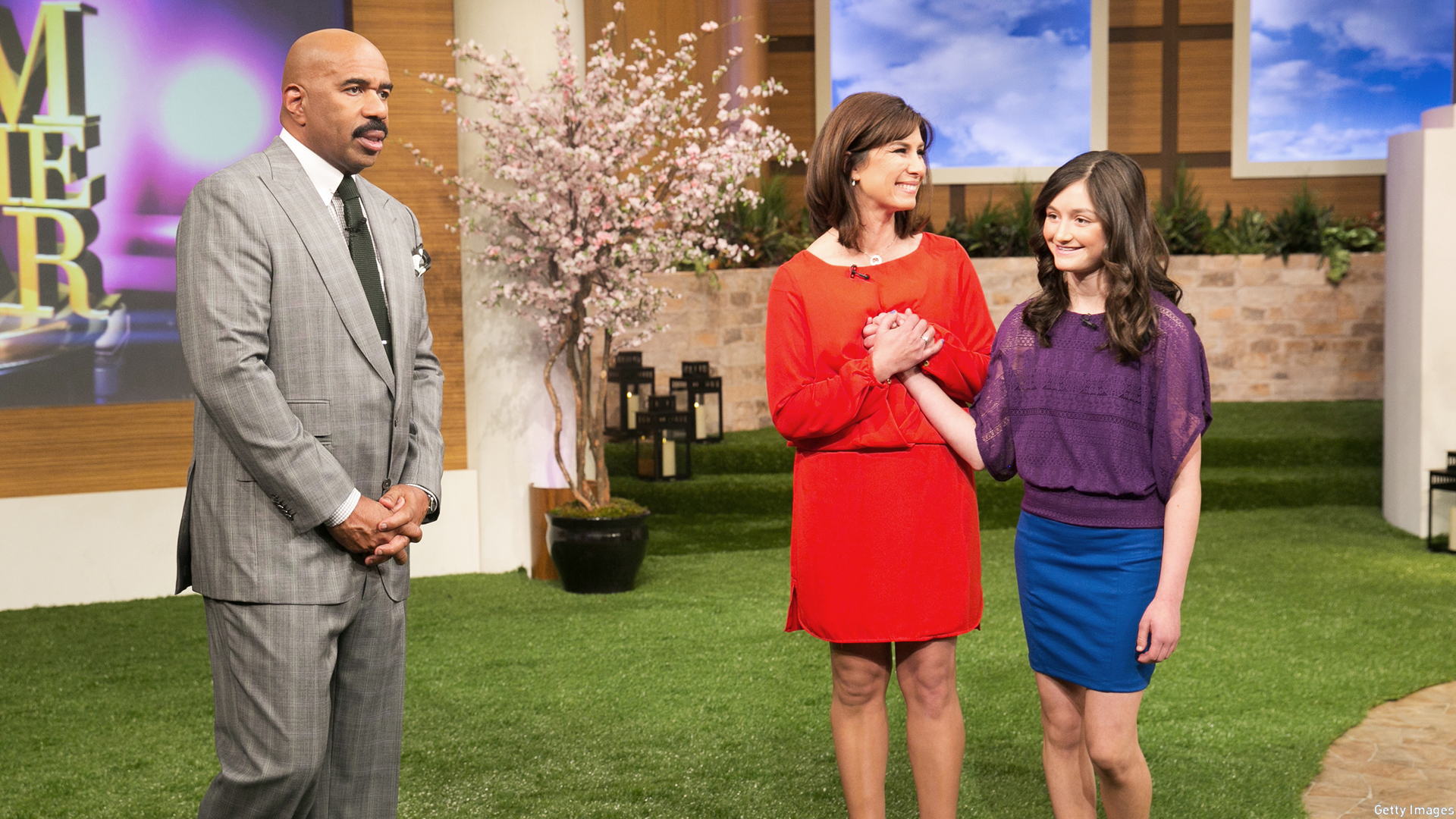Rhonda Carlsen and daughter Lauren on The Steve Harvey Show in 2014 (Photo: Getty Images)