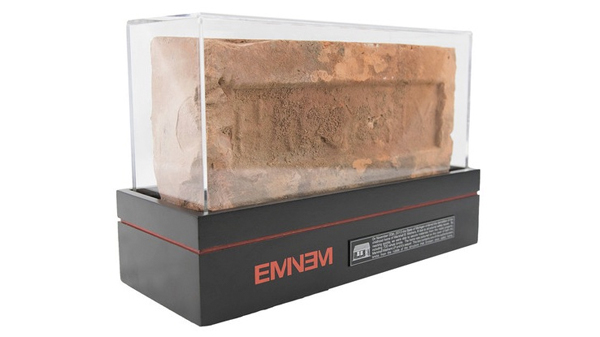 Eminem's brick (Photo: Press)