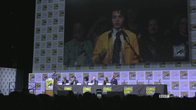 Doctor_Who_SDCC_2017_Panel_Moment_Dirk_Gently_Asks_DW_a_Question_YouTube_Specs_1920x1080_1007521347527