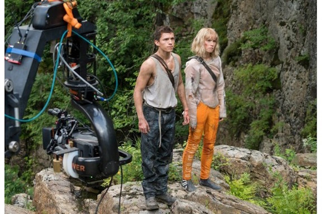 First Look At Tom Holland & Daisy Ridley in Chaos Walking