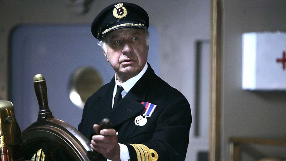 Geoffrey Palmer as Captain Hardaker (Photo: BBC)