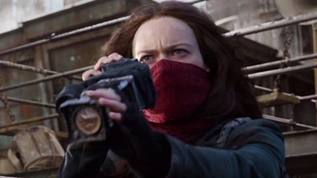 anglo_2000x1125_mortalengines_trailer2