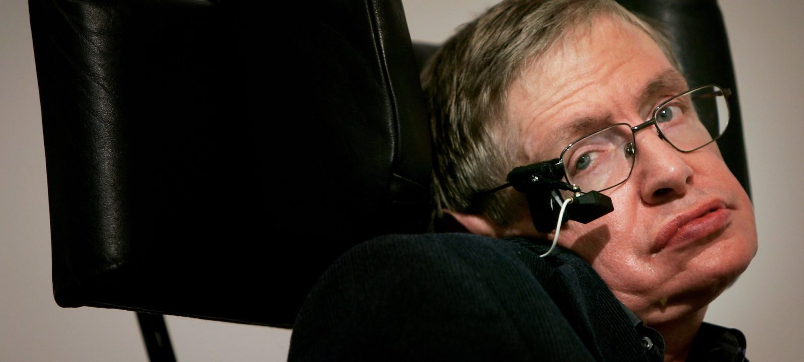 Professor Stephen Hawking delivers his speech at the release of the 'Bulletin of the Atomic Scientists' on January 17, 2007 in London, Ebgland.  A group of scientists assessing the dangers posed to civilisation have moved the Doomsday Clock forward two minutes closer to midnight as an indication and warning of the threats of nuclear war and climate change.