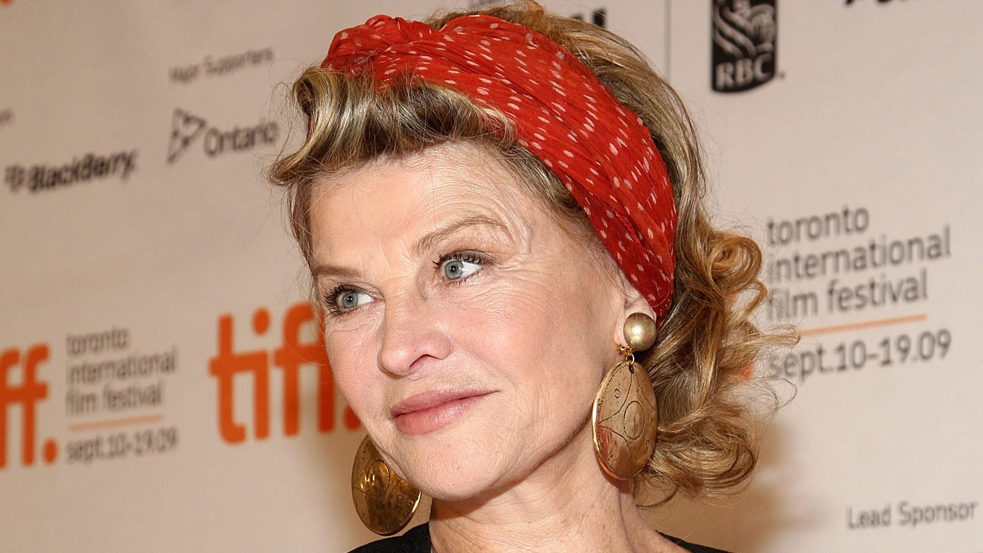 Gordon actress julie Spider