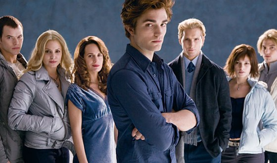 Can the <i>Twilight</i> Movie Capture Red-Blooded Horror Fans?