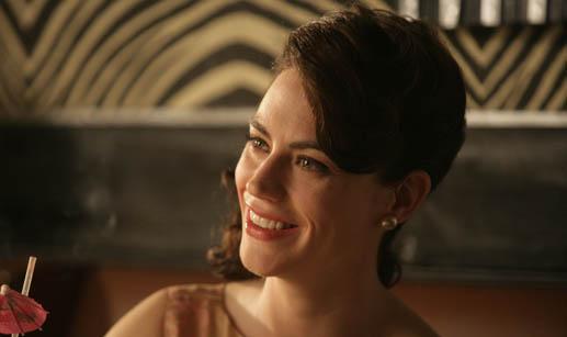 Q&A – Maggie Siff (Rachel Menken)