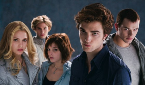 <i>Twilight</i> Review &#8211; To Love It May Depend on Your Gender