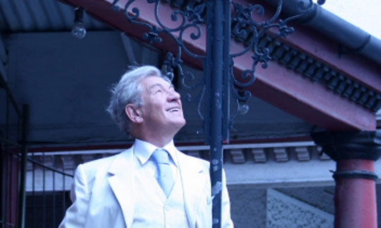 Ian McKellen's Blog – Bijou Cinema, Gandalf's Bar and Table Mountain