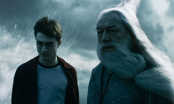 <em>Harry Potter and the Half-Blood Prince</em> Review &#8211; Something Somber This Way Comes