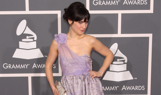 Hollywood, Take Note – Not All Actors Can Sing Like Zooey Deschanel