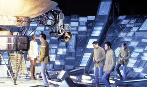 John Scalzi&#8217;s Guide to Epic SciFi Design FAILs &#8211; <em>Star Trek</em> Edition
