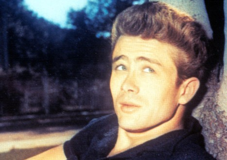 James Dean Photos 8 - 8. The Hairstyle