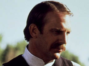 Kevin Costner in Wyatt Earp (1994)