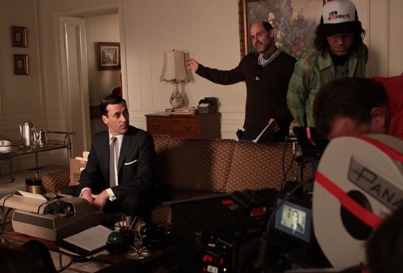Mad Men Season 3 Behind-the-Scenes Photo Gallery 10 - Mad Men Season 3 Behind the Scenes
