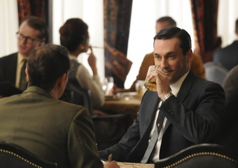 Mad Men Season 4 Episode Photos 10 - Mad Men Season 4 Episode Photos