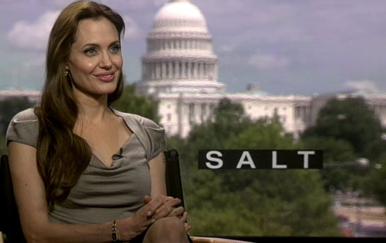 Video – Salt: Written for a Man (Tom Cruise), But Starring a Woman (Angelina Jolie)