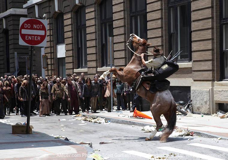 The Walking Dead Season 1 Episode Photos 17 - The Walking Dead Season 1 Episode Photos