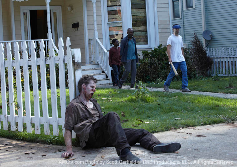 The Walking Dead Season 1 Episode Photos 9 - The Walking Dead Season 1 Episode Photos
